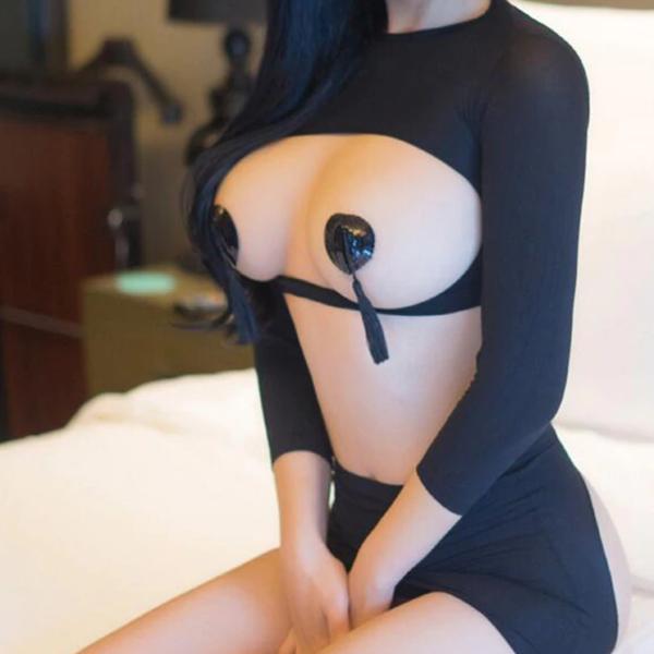 alul-felül nyitott szexi fehérnemű