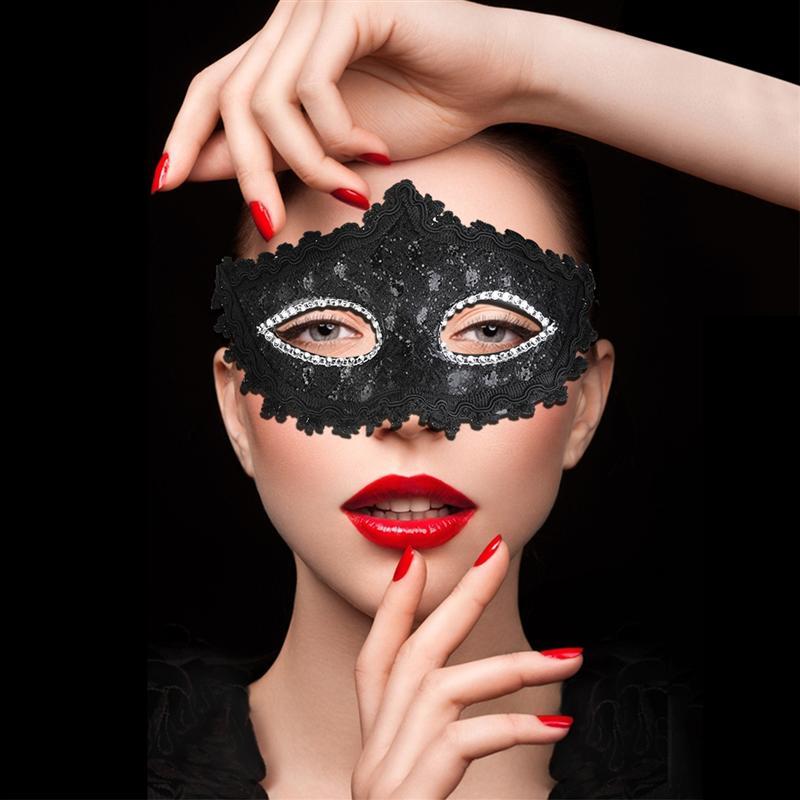 szexi kristályköves maszk